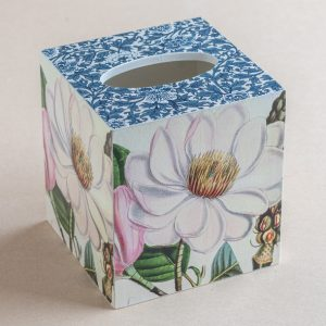 Tissue Box Cover pink lily Blue Provence