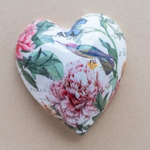 large heart – pink camellias