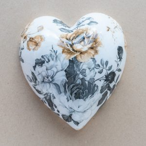 large heart – black – gold roses