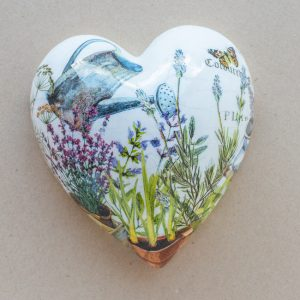large heart –  watering can