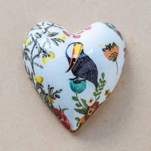small heart – animals – contemporary – parrot